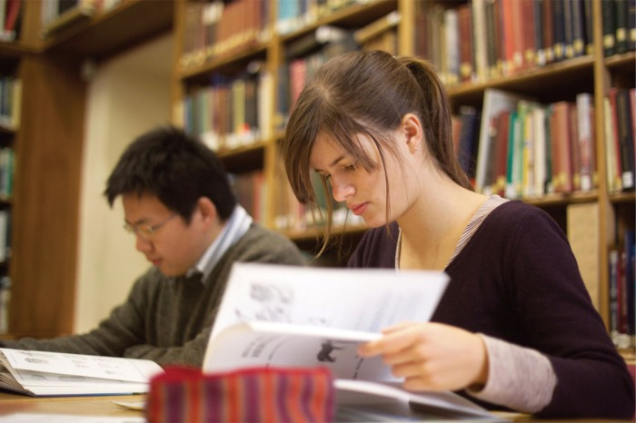 studentsreading